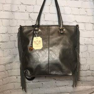 Handbags - NEW boutique fringe purse